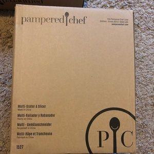 Pampered Chef Multi Grater & Slicer